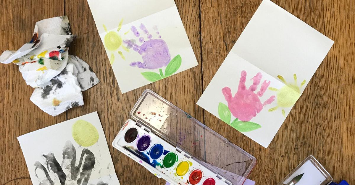 easy handprint flower cards for kids  diy kids handprint